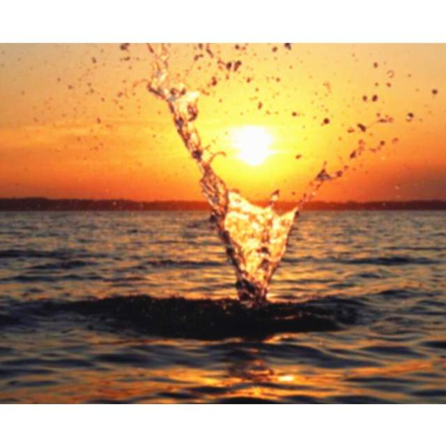 Splash in the Sea at Sunset - Painting on Canvas Kit